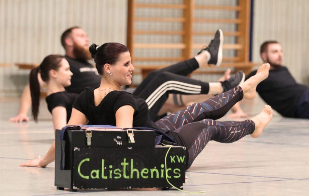 Athletin bei Calisthenics Wusterhausen